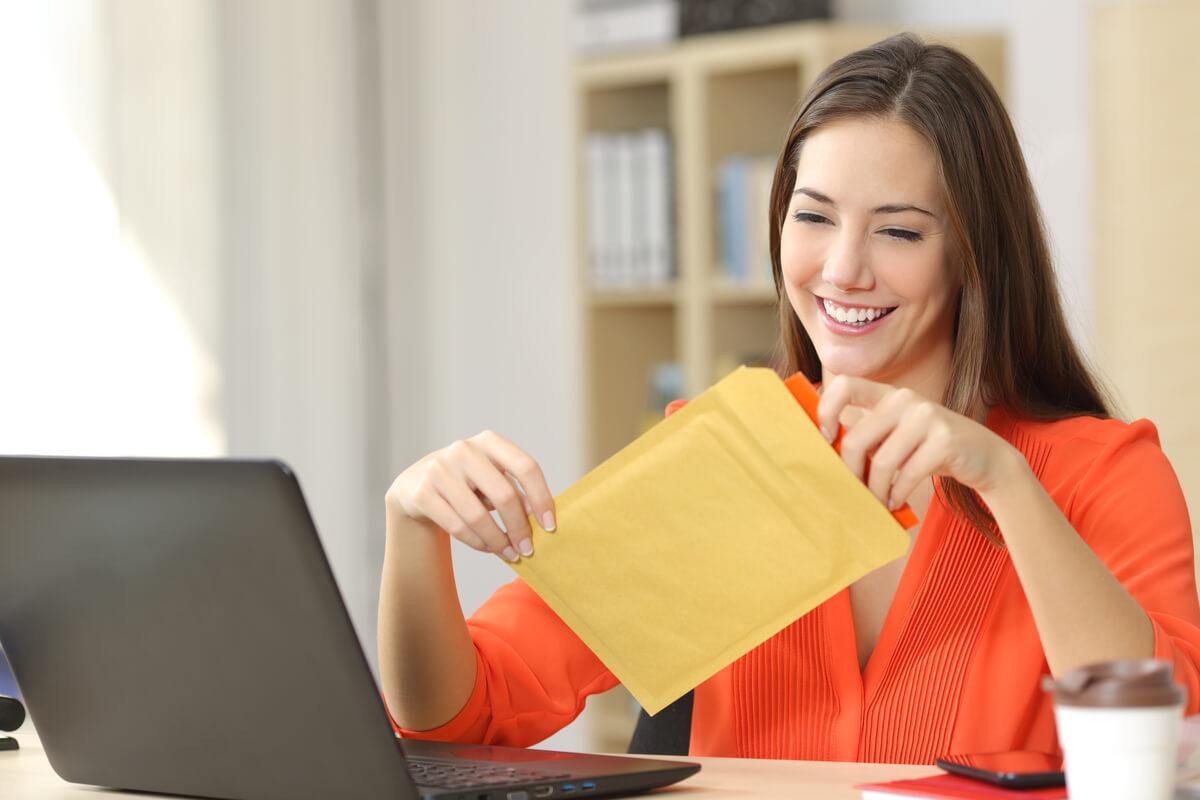 Trimiterea documentelor în străinătate: de ce aspecte trebuie să ții cont